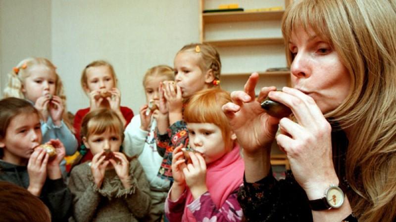 Οι δήμοι που θα ενισχυθούν με εποχικό προσωπικό για τους παιδικούς σταθμούς τους