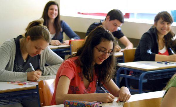 Πανελλαδικές: Με Αγγλικά ξεκινούν οι εξετάσεις των ειδικών μαθημάτων