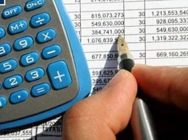 4 στις 10 επιχειρήσεις χρωστούν στην εφορία