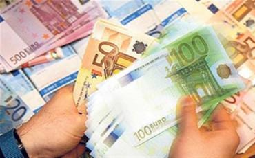 Πώς θα πάρουν 1.000 τυχεροί φορολογούμενοι από 1.000 ευρώ τον Σεπτέμβριο