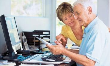 Δωρεάν μαθήματα υπολογιστών σε άτομα άνω των 50 ετών