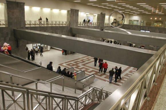 syntagma-metro-istasyonu.jpeg