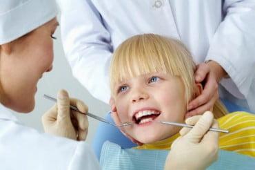 Δωρεάν οδοντιατρικός έλεγχος σε παιδιά στη Θεσσαλονίκη