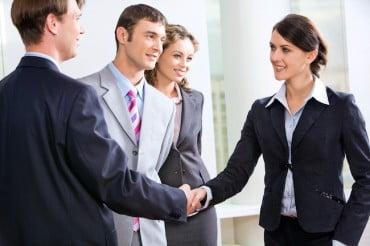 Ποιες επιχειρήσεις θα κάνουν προσλήψεις το επόμενο διάστημα