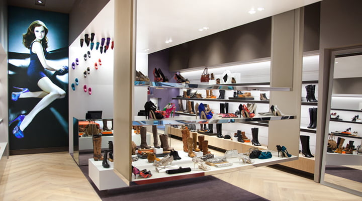 Dune-Catwalk-shoe-store-by-Four-by-Two-04.jpg