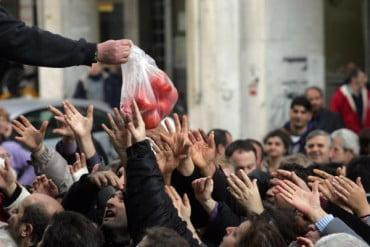 Ερευνα-σοκ: Το 35,6% των Ελλήνων απειλείται από τη φτώχεια