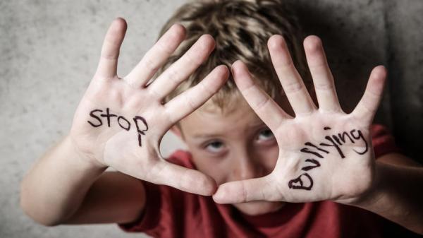 otan-to-elliniko-internet-gnwrise-to-bullying.w_l.jpg