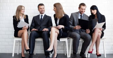 Επίδομα ανεργίας και σε όσους συμμετέχουν σε προγράμματα εκπαίδευσης και κατάρτισης