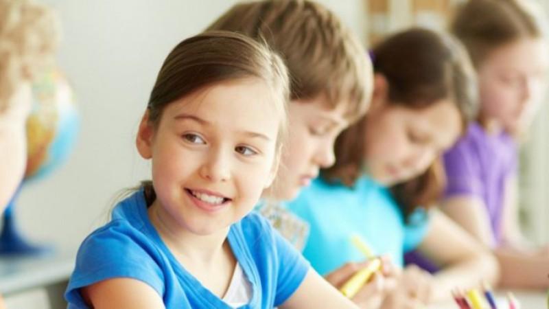 Προσλήψεις 1.000 ψυχολόγων και κοινωνικών λειτουργών στα σχολεία