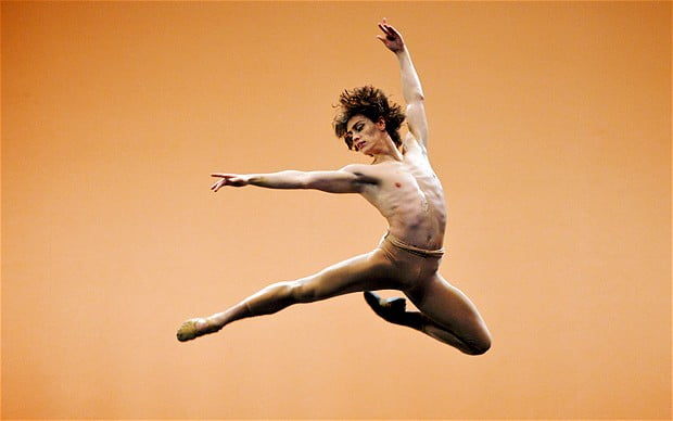 sergei-polunin-performs-in-men-in-motion-photo-elliott-franks.jpg