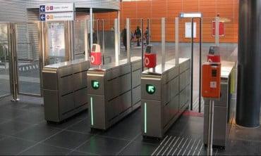 Από σήμερα κλείνουν οι μπάρες του Μετρό – Τι θα κάνετε τα χάρτινα εισιτήρια που σας έχουν μείνει