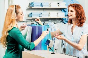 Θέσεις για πωλητές σε τρεις γνωτές εταιρίες