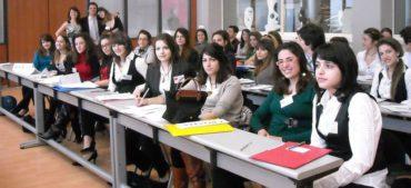 91 ωρομίσθιοι εκπαιδευτικοί στα ΙEK του Υπουργείου Τουρισμού