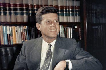 Απόρρητα ως το 2021 τα «ευαίσθητα» έγγραφα για τη δολοφονία Κένεντι