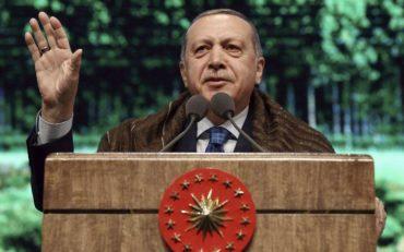 «Άμεση απελευθέρωση των δύο στρατιωτικών», ζήτησε ο Τσίπρας από τον Ερντογάν