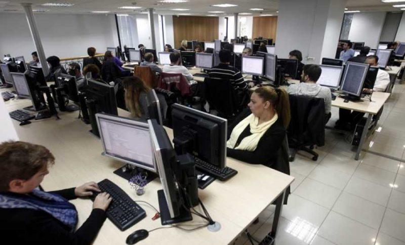 Επίσπευση διαδικασιών στις προσλήψεις για να ενισχυθούν άμεσα οι δήμοι