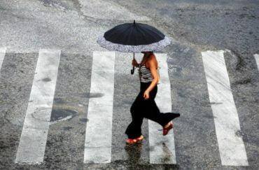 Έρχονται βροχές και καταιγίδες ξανά από την Τρίτη