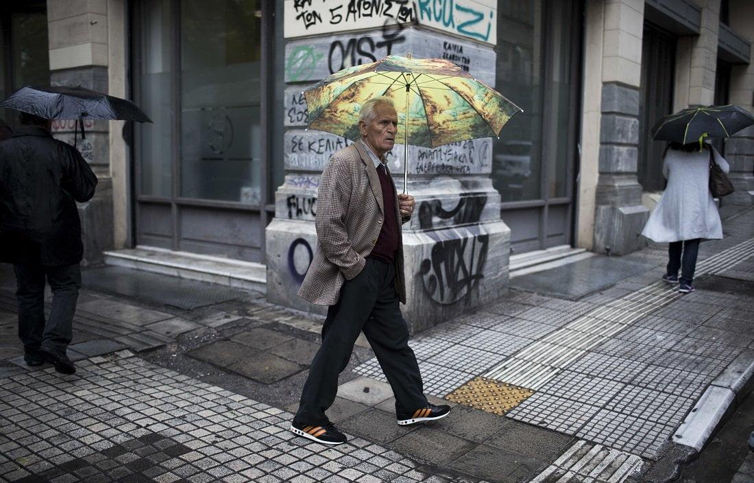 «Πιο γρήγορα οι συντάξεις» διαβεβαιώνει ο Πετρόπουλος