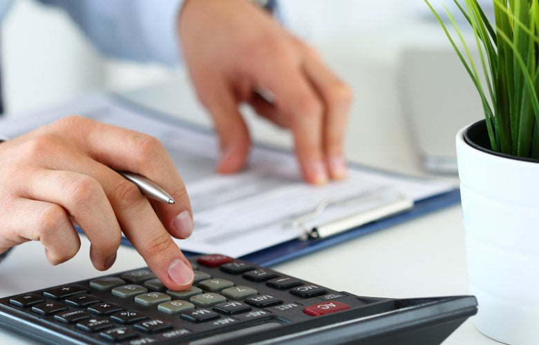 Επιχειρήσεις: «Έρχεται» πρόγραμμα επιδότησης παγίων δαπανών